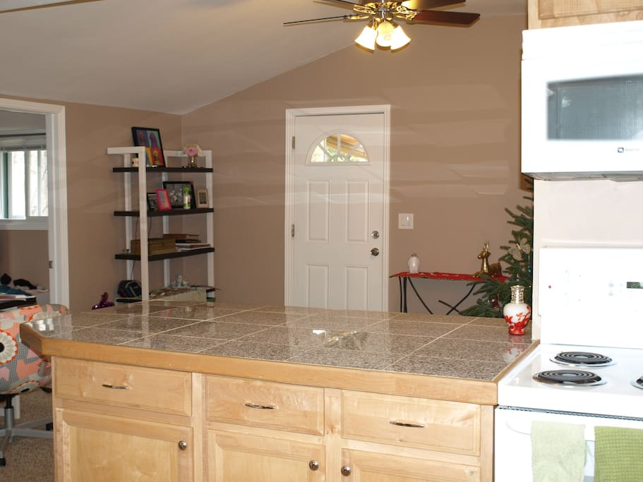 Breakfast Bar and living room