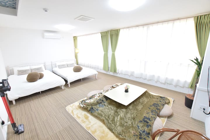 ☆To Namba in 10min by train, cozy room☆ 2F