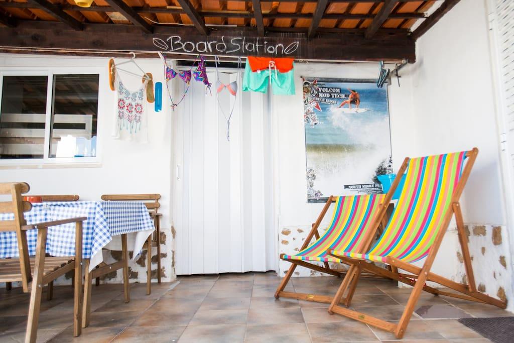 surf shack ericeira strand 900m h user zur miete in carvoeira lissabon portugal. Black Bedroom Furniture Sets. Home Design Ideas