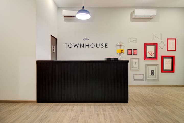 OYO- Furnished Townhouse in Pune