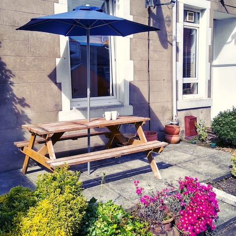 Beautiful quiet flat in heart of Broughty Ferry