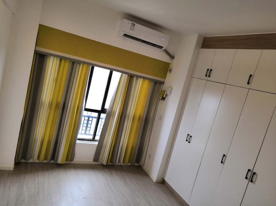 卧室:空调,小躺椅