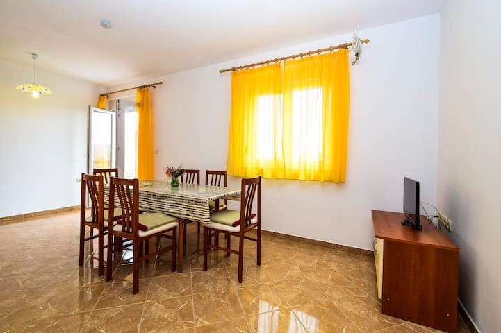 Apartments Komadina / Two bedroom A1 - Vlasici - Pis
