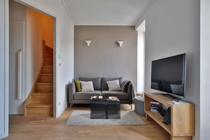 Cozy duplex 4p hypercentre view MB