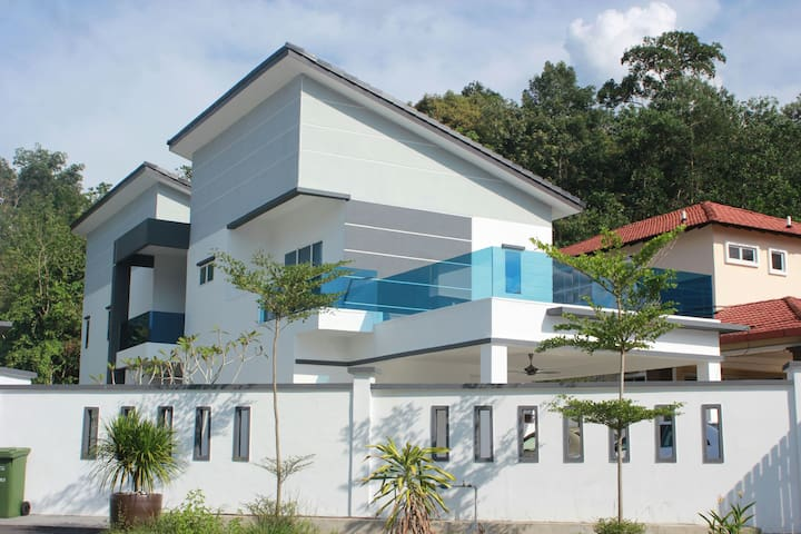 51 Somerset Bentong Homestay @ Signature