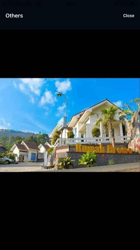 Villa Rumah Bromo B