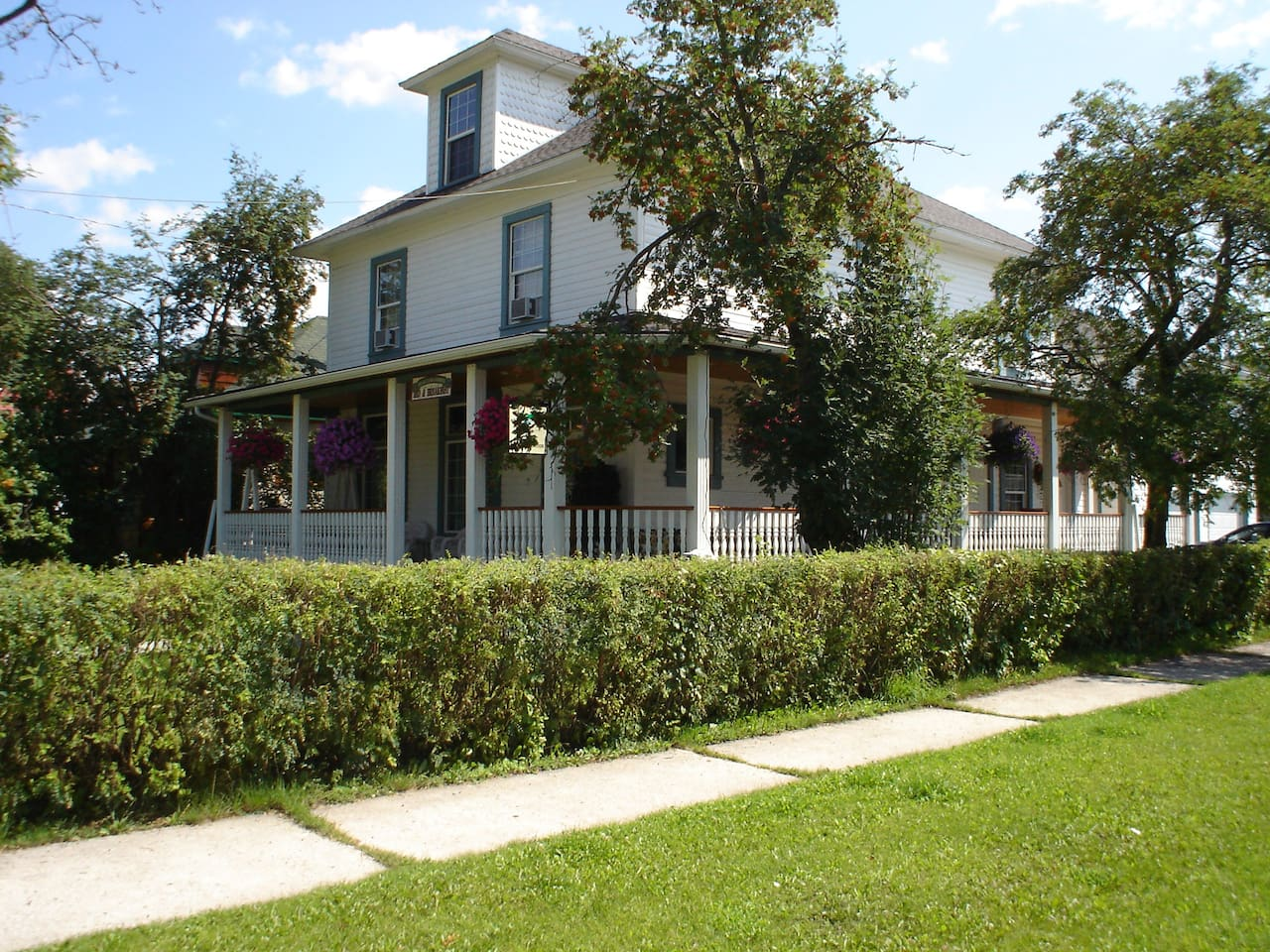 Present day photo of B&B. Recently, Disney used the B&B for scenes in the Movie Santa Paws 2.