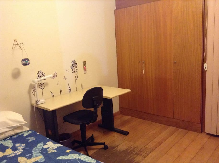 Comfortable single room.