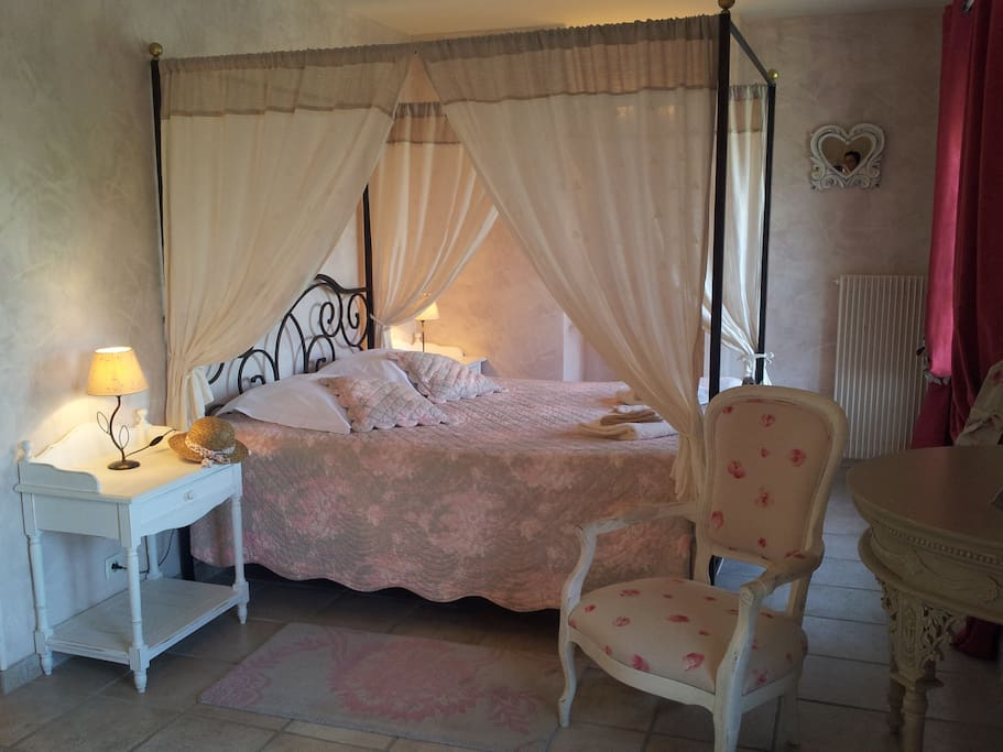le moulin du port amboise chambres d 39 h tes louer saint georges sur cher centre france. Black Bedroom Furniture Sets. Home Design Ideas