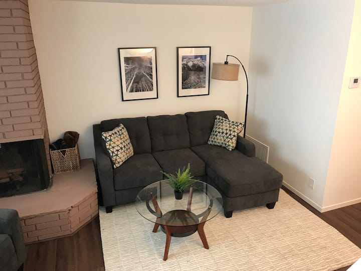 Cozy Central North Tahoe (Incline Village) Condo