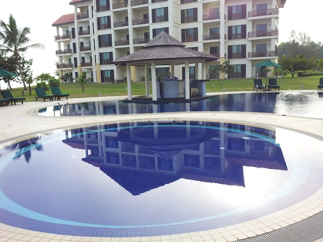 Luxury Seafront Apartment in Borneo - Kota Kinabalu - Appartement