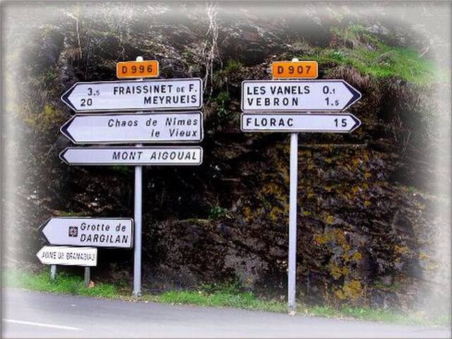 2 chambres d'hôtes en Lozère - Vebron - Bed & Breakfast