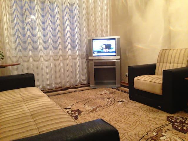 2 room apartment in the centre p - Bishkek - Appartement