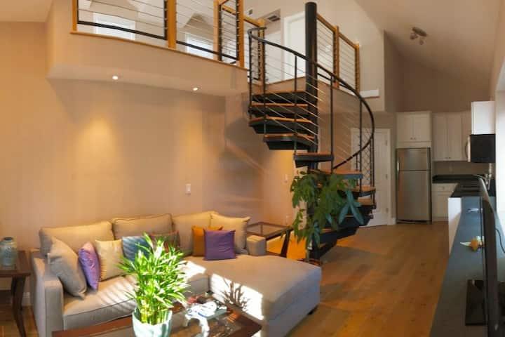 Charming Loft/Studio: Los Altos/Palo Alto/Mt. View