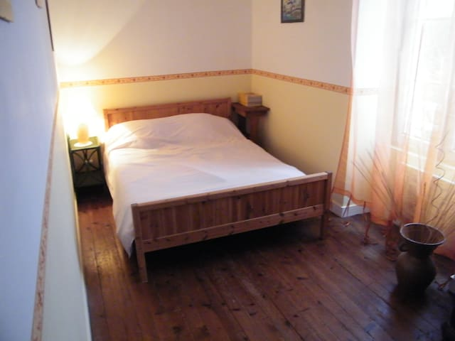 "Chambre ""Blé D'or"" - Antigny - Bed & Breakfast"
