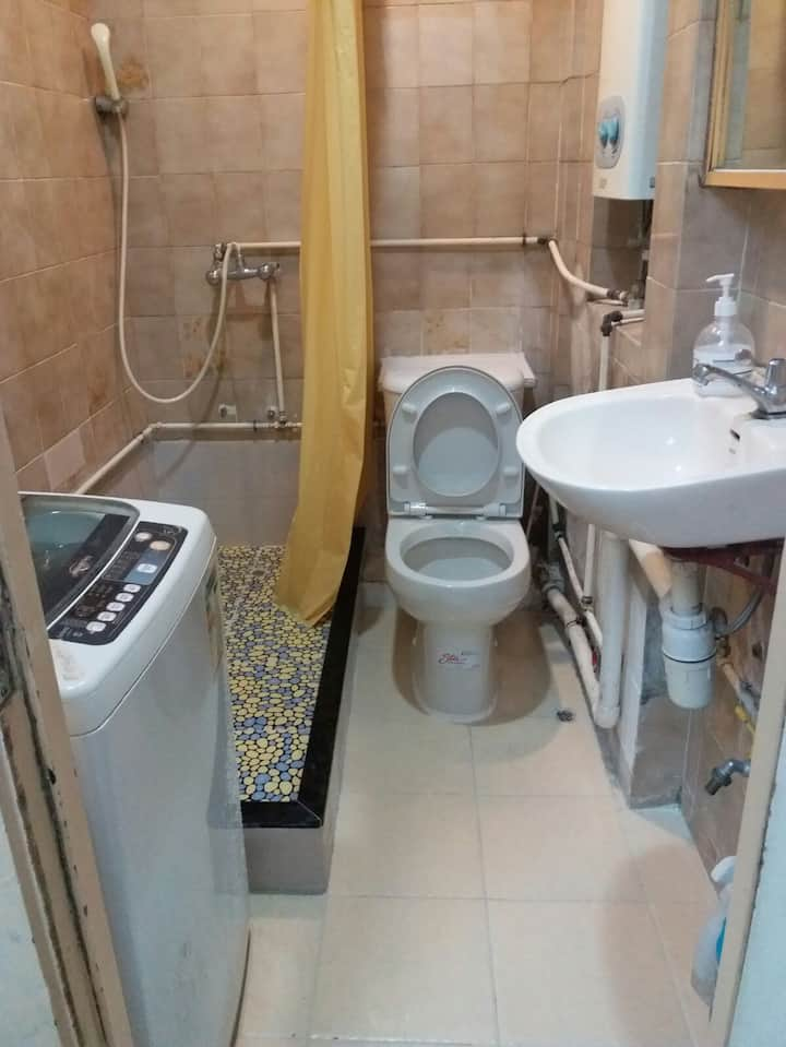 4 Bedspace in shared apt.in Tsimshatsui  (T5f1234)