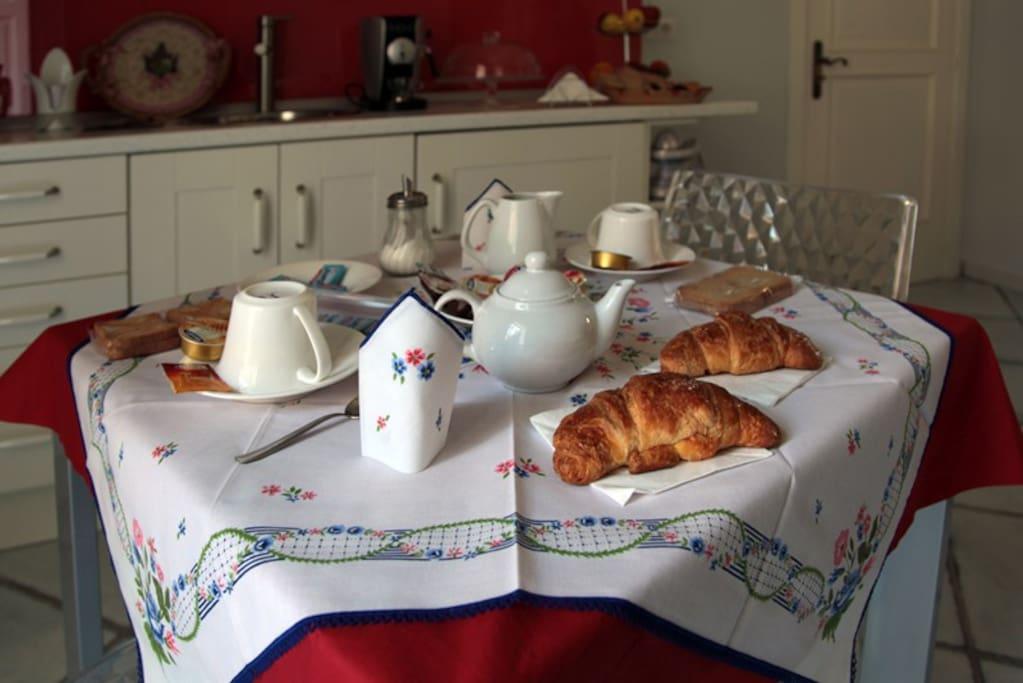 Living - area Breakfast