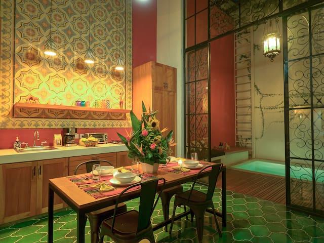 Casa Jirafa - Romantic Santa Lucia Loft in Centro