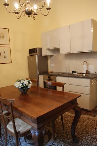 18th century appartment in the heart of Florence - Florència - Pis