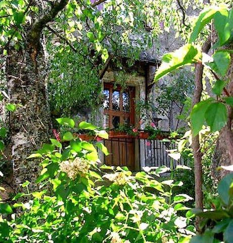 Maison au coeur de la Lozère - 600 € la semaine - Vebron - Huis