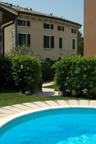 Elegante rustico near Bardolino - Cavaion Veronese - Departamento