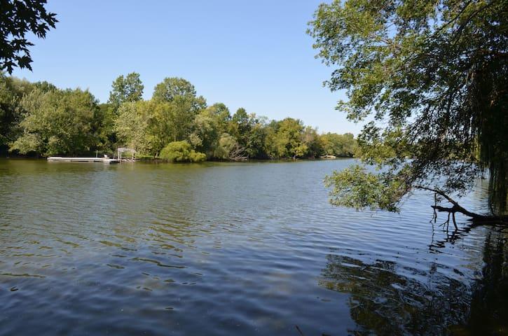 Rock River Paradise - Janesville - Maison