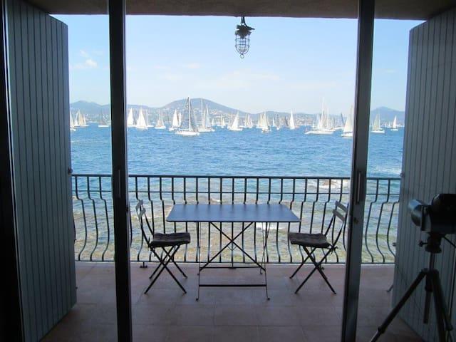 Bel appartement sur mer à St-Tropez