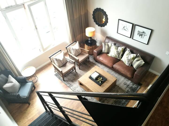 Stylish, lock-up-and-go 'New York style' loft