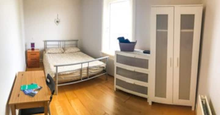 Double room in shared flat