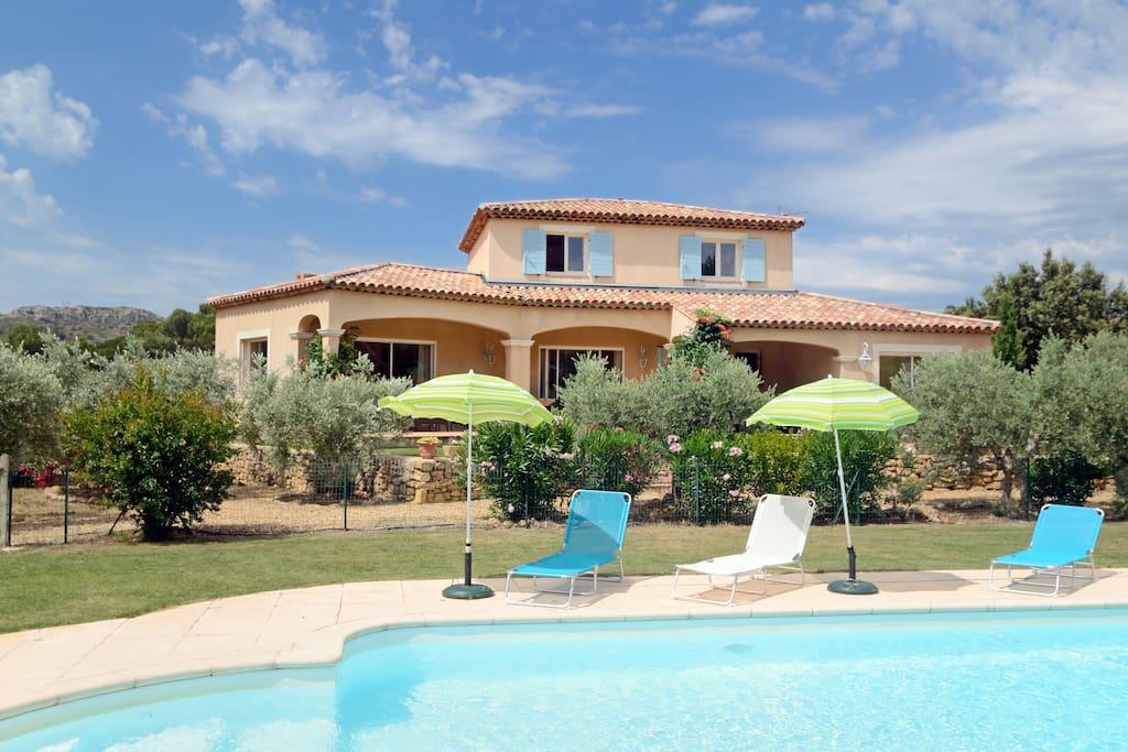 L 39 oliveraie de mathilde en provence houses for rent in - Piscine salon de provence ...