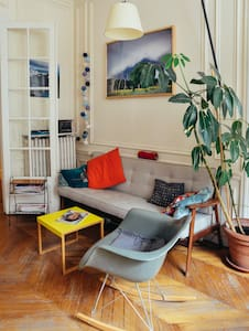 Family place in Canal St. Martin - Paris - Apartment