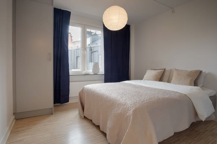 Very bright apartment in a building with gym, spa