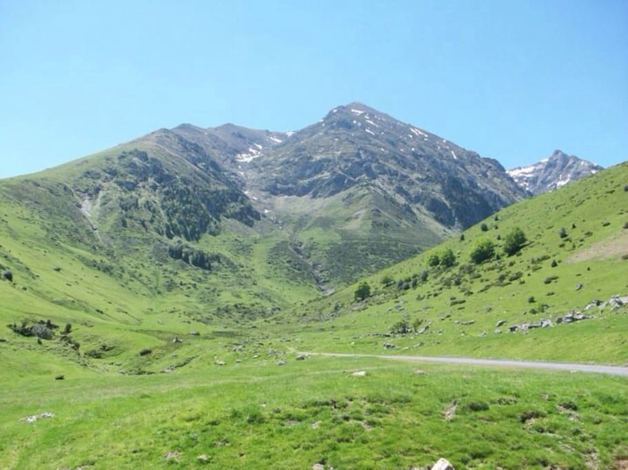 Great cycling over the houquette d'antizan