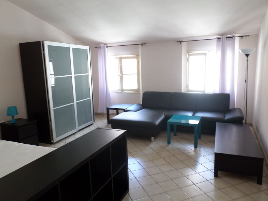 Grand T1 De 35m2 Au Coeur Toulon Apartments For Rent In Math Wallpaper Golden Find Free HD for Desktop [pastnedes.tk]