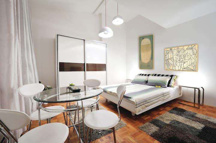 Apartment Astorija