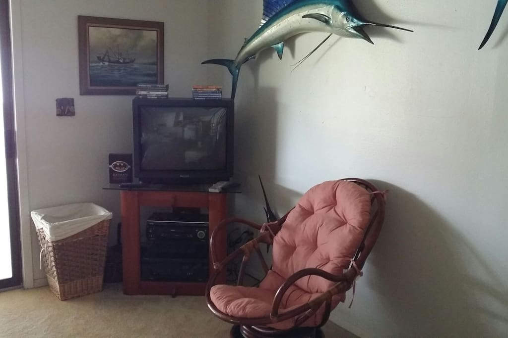 port isabel chat rooms South padre island is located on the coastal tip of texas we have beautiful  beaches, warm gulf waters, fishing, boating, bird watching, and shopping.