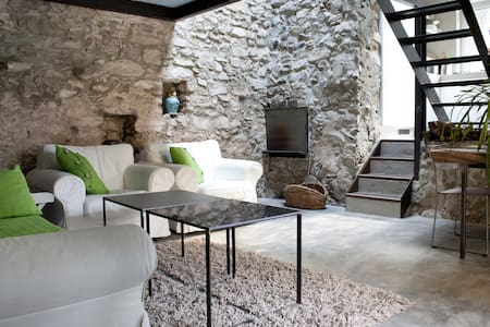 Lake Como Romantic Stone Cottage 4P - Argegno - 로프트
