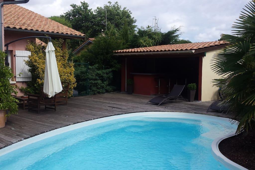 Villa de 170 m pool house piscine chauffee maisons for Piscine la teste de buch