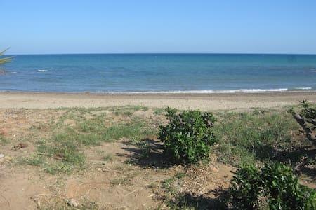 Ideal, en frente del mar y piscina - Torre la Sal