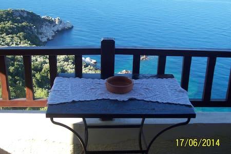 Διαμερισμα Τριων ατομων στον μαγευτικο Μυλοποταμο - Volos