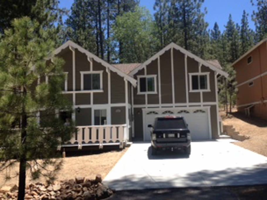 Big bear cabin walk to snow summit houses for rent in Big bear lakefront cabins for rent