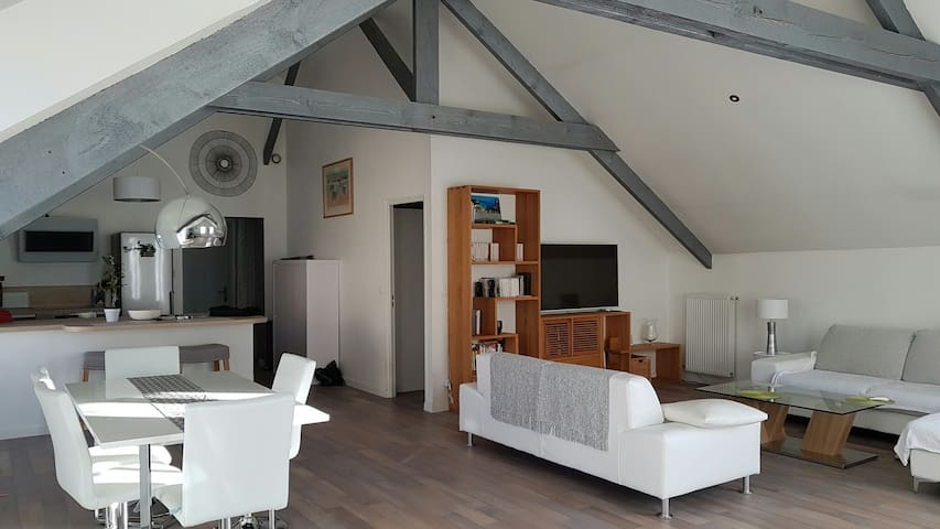 Charming apartment with parking - Deuil-la-Barre - Lägenhet
