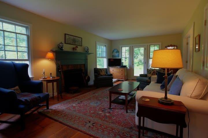 Rosecroft - Monterey - Hus