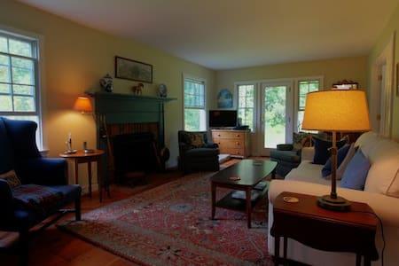 Rosecroft - Monterey - House