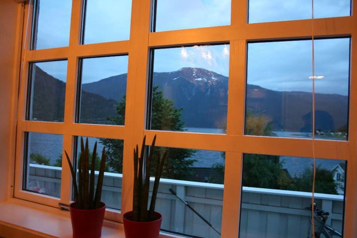 Fantastic views to the Sognefjord - Sogndal - Appartement