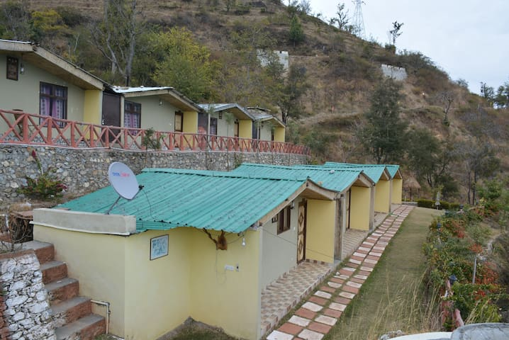 Cottage Venus, 3o kms. from Rishikesh, Yoga & Spa