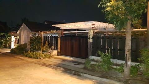 2BR House Dasmariñas Cavite Wifi+Netflix+CableTV