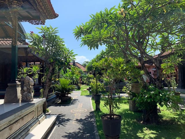 Unique Traditional Bali Villa Rooms