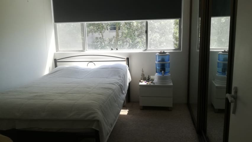 Bright & Light / Private Room / Bondi