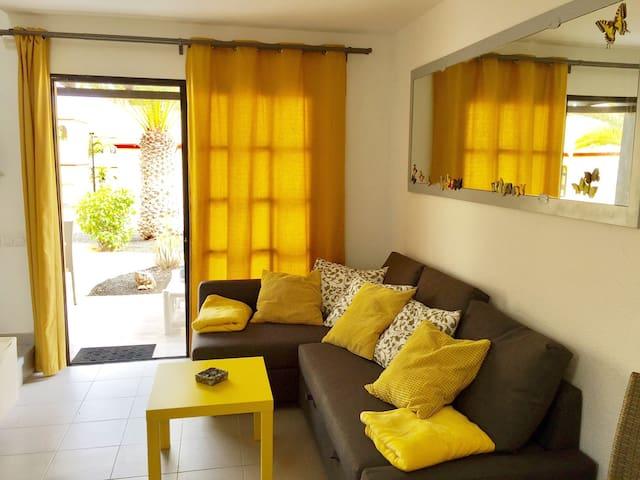 Casa del Sol :) free WiFi, satelite, swimming pool